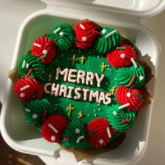 Cupcake Cakes, Cupcakes, Cute Desserts, I Want To Eat, Box Cake, Kawaii, Merry Christmas, Food Porn, Lunch Box