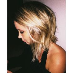 New cut Medium Long Hair, Medium Hair Styles, Short Hair Styles, Long Vs Short Hair, Angled Bob Hairstyles, Medium Haircuts, Long Length Hair, Shaggy Bob, Hair Color And Cut