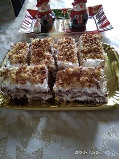 Greek Cake, Greek Desserts, Tiramisu, Waffles, Cake Recipes, Deserts, Food And Drink, Sweets, Cookies