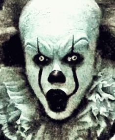 The perfect Pennywise EvilSmlie Clown Animated GIF for your conversation. Discover and Share the best GIFs on Tenor. Creepypasta, Scary Movies, Horror Movies, Monster Squad, Pennywise The Dancing Clown, Evil Clowns, Gaara, Halloween Face, My Arts