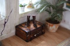 Edwardian boots made of incredible soft and thin real leather in scale 1:12 by minis2you on Etsy