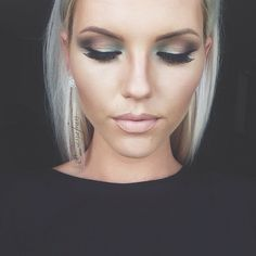The Maya Mia palette from I couldn't wait I used Vanilla Caramel Glisten Sienna Deep Brown and Aqua Gorgeous Makeup, Love Makeup, Makeup Inspo, Makeup Tips, Makeup Looks, Awesome Makeup, Makeup Ideas, Beauty Make-up, Beauty Hacks