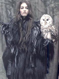 17 Bizarre Bird-Themed Fashion Shoots