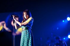 Francesca Battistelli, shes my christian inspiration for singing, Christian Music Artists, Christian Singers, Music Lyrics, My Music, Francesca Battistelli, Passion Music, Contemporary Christian Music, Bible Society, Song Artists