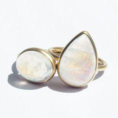 いいね!108件、コメント1件 ― MARIHA Official Instagramさん(@mariha_official)のInstagramアカウント: 「・ Earth Drops | アースドロップス Rainbow Moonstone : 愛の予感、幸運 ・ ・ #AlwayswithMariha #mariha #jewelry…」