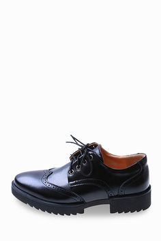 Classic Brogue Shoes In Black. Free 3-7 days expedited shipping to U.S. Free first class word wide shipping. Customer service: help@moooh.net