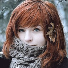 I Absolutely Freaking Love Her Hair Cut And Color Gorgeous Redhead, Hello Gorgeous, Beautiful Ladies, Ginger Girls, Redhead Girl, Cut And Color, Her Hair, Hair Bangs, Redheads