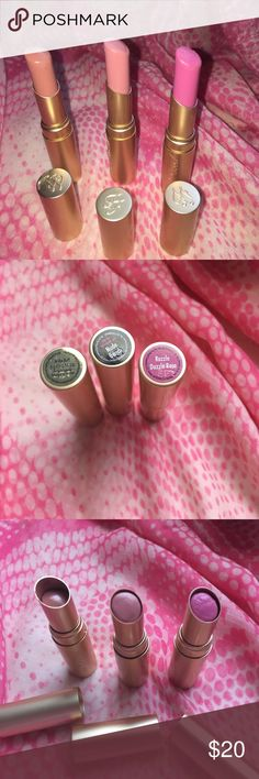 Too Faced la creme lipstick x 3 Full size Too Faced la creme lipstick. Colors: in the buff(used 4 times), razzle dazzle rose(used 1 time), nude beach(used 1 time). Makeup Lipstick