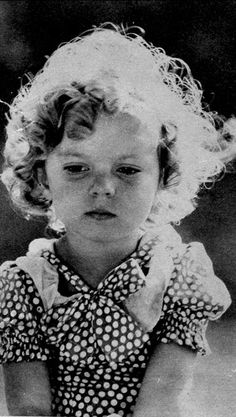 sexorthesaw:    Shirley Temple, Pie Covered Wagon