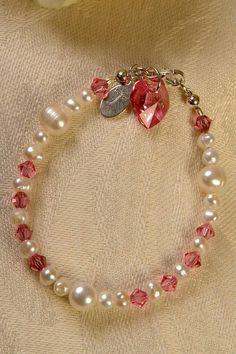 accesorios Handmade Beaded Jewelry, Handmade Bracelets, Handcrafted Jewelry, Jewelry Bracelets, Necklaces, Kids Jewelry, Jewelry Crafts, Bracelet Making, Jewelry Making
