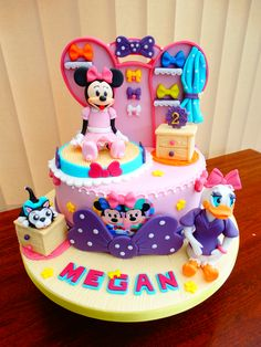 Minnie's Bowtique Cake xMCx