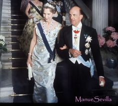 DINASTÍAS | Los Foros de la Realeza • Ver Tema - ESCALERA DE ATENAS. Gala Juan Carlos y Sofia
