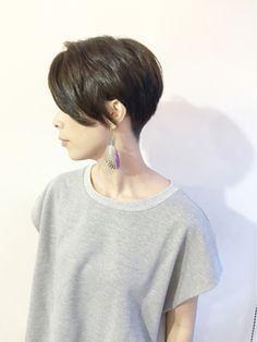 ツーブロック×グレージュ - 24時間いつでもWEB予約OK!ヘアスタイル10万点以上掲載!お気に入りの髪型、人気のヘアスタイルを探すならKirei Style[キレイスタイル]で。