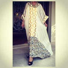 Shirting Jalabiyya with printed fabric 60 Fashion, Abaya Fashion, Fashion Line, India Fashion, Fashion Design, Style Oriental, Oriental Fashion, Kaftan Designs, African Fashion Dresses