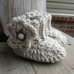 Crochet baby girl boots in oatmeal with by MalindasDesigns on Etsy, $16.00