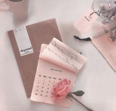 The pastel /// pastel aesthetic / pink aesthetic / kawaii / wallpaper backgrounds / pastel pink / dreamy / space grunge / pastel photography / aesthetic Peach Aesthetic, Korean Aesthetic, Aesthetic Colors, Aesthetic Grunge, Aesthetic Vintage, Aesthetic Pictures, Aesthetic Girl, Aesthetic Pastel Pink, Aesthetic Photography Pastel
