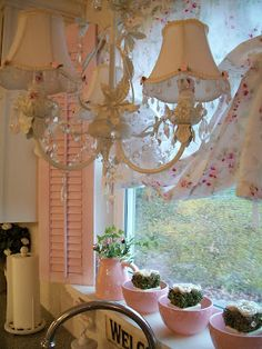 A sweet shabby window with pink plantation shutters. Put small chandelier over sink Cottage Chic, Shabby Cottage, Cottage Style, Romantic Cottage, Cottage Farmhouse, Shabby Chic Mode, Shabby Chic Style, Shabby Chic Decor, Vintage Decor