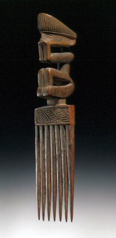 Africa | Comb from the Chokwe people of Angola | Wood | ca. 1st half of the 20th century