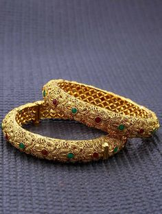 Luscious #Designer Screw Type #Kada  Call or #Whatsapp (7200 70 1414) for more collections