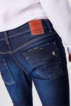 Calça Jeans Masculina Super Skinny - Damyller Jeans Pants, Denim Jeans, Jeans Diesel, Looks Jeans, Wrangler Jeans, Jeans Style, Mens Suits, Trendy Outfits, Casual Pants