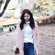 "95 Likes, 1 Comments - @yolanda31938 on Instagram: ""T_ARA 👑 E U N J U N G 💕  From @muetta  #티아라 #HahmEunjung #ParkJiyeon #ParkSoyeon #JeonBoRam #LeeQri…"""