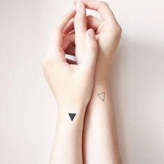 20 tatuagens no pulso tão lindas que vão fazer você correr pro estúdio mais próximo