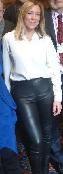 Joanna Gosling in leather trousers Leather Trousers, Trousers Women, Leather Skirt, Tv Presenters Uk, Sexy Blouse, Photos Of Women, Girls Wear, Black Faux Leather, Boss Lady