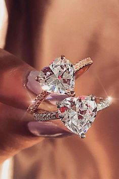 Best rose gold engagement rings that we've collected for you are totally beautiful and inspiring. Rose gold rings are perfectly fit to romantic brides. Most Popular Engagement Rings, Beautiful Engagement Rings, Rose Gold Engagement Ring, Diamond Wedding Rings, Vintage Engagement Rings, Solitaire Engagement, Best Wedding Rings, Diamond Rings, Solitaire Diamond