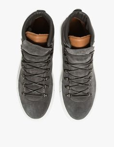 #SPLURGE | @houstonsoho / #Diemme Marostica Mid #SNEAKERS Classic Leather, Front Row, Nice Dresses, Lace Up, Louis Vuitton, Grey, Sneakers, Stuff To Buy, Shoes