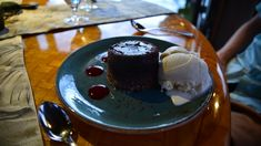 Tidepools at the Grand Hyatt in Kauai gave us our most romantic dining experience yet. The beautiful Hawaiian island is perfect for a romantic night out. Kauai Things To Do, Grand Hyatt Kauai, Molten Lava Cakes, Tide Pools, Most Romantic, Hawaii, Ice Cream, Restaurant, Dining