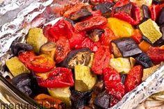 Рецепт овощей, запеченных в духовке / Меню недели