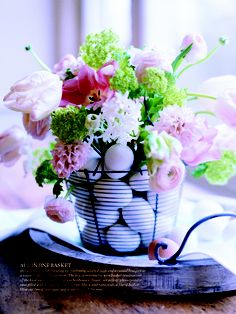 Eggs in a Basket... oh, a bouquet on top