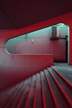 redhousecanada:  Subway Stairs