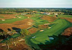 Shinnecock Hills Golf Club / Southampton, NY / William Flynn (1931)