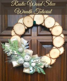 Rustic Wood Slice Wreath tutorial and video. Bring a rustic touch to your home with this easy video tutorial. #DIY #crafts #video #wreath