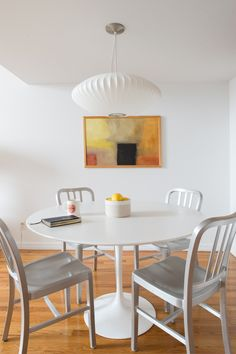 via @Homepolish | Photos by Claire Esparros and Samantha Goh | George Nelson Saucer Pendant Lamp | http://modernica.net/saucer-lamp.html