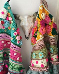 Yes, het is bijna zover! Dit weekend gaat de website van Adinda's World de lucht in! #adindasworld #blijestola #gehaakteomslagdoek #gehaaktestola #crochetdesign #uncinetto #uncinettocreazione #flowerpower #partytime #bohemianstyle #bohemian #creative #haveabeautifulweekend