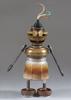 Robot Sculpture - Metal art sculpture Junk metal art  - Stanley Stunned