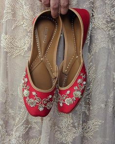 Shop Coral Haze hand-embroidered-juttis , Exclusive Indian Designer Latest Collections Available at Aza Fashions Bridal Flats, Bridal Footwear, Zardozi Embroidery, Shoe Story, Red Photography, Indian Couture, Red Aesthetic, Red Color, Colour