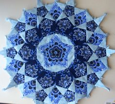 My first rosette for a La Passacaglia quilt