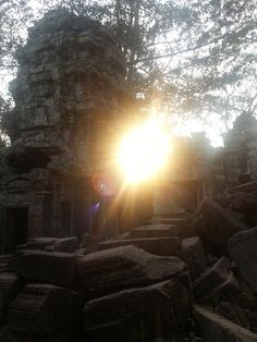 Angkor Thom ruins at sunset