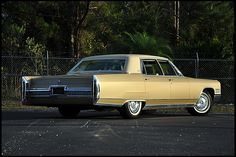 1966 Cadillac Fleetwood Brougham 429/340 HP, Automatic presented as lot U95 at Kissimmee, FL 2012 - image9