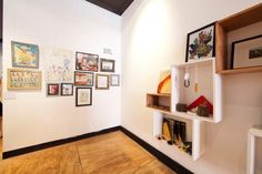 A great space for artists - Platform 72 on Oxford Street.