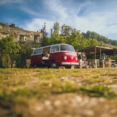 8km South of Fethiye is a small village adorned with natural beauties, wonderful architecture and narrow historic streets. While traversing Kayaköy, @colerise was delightfully surprised by this classic red van, sharing with us this cute scene.