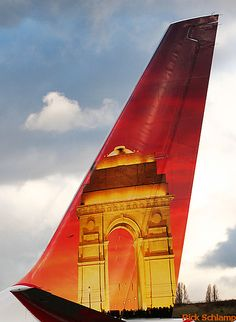"""Air-India Express B737-800 VT-AXH """"India Gate"""" @ BFI Commercial Plane, Commercial Aircraft, Air India Express, Air Birds, Airplane Painting, Fly Company, Airline Cabin Crew, India Gate, Flying Vehicles"""