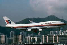 United Airlines N179UA Boeing 747-422 aircraft picture
