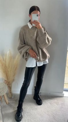 Casual Winter Outfits, Winter Fashion Outfits, Look Fashion, Stylish Outfits, Autumn Outfits, Cold Winter Fashion, Winter School Outfits, Winter Dress Outfits, Autumn Clothes