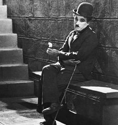"""Charles Chaplin en """"Luces de la Ciudad"""" (City Lights), 1931"""