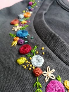 Hand - MULTICOLOR flower collar embroidered organic cotton T.- Hand – MULTICOLOR flower collar embroidered organic cotton T-shirt Hand MULTICOLOR flower collar embroidered organic cotton Hand Embroidery Videos, Embroidery On Clothes, Embroidery Flowers Pattern, Flower Embroidery Designs, Simple Embroidery, Hand Embroidery Stitches, Ribbon Embroidery, Embroidered Flowers, Embroidered T Shirts