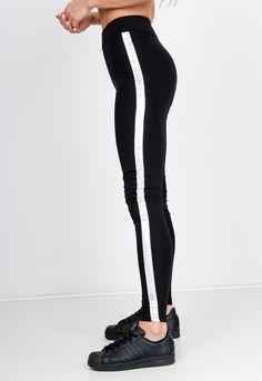 Čierne bavlnené legíny so strieborným pruhom - ROUZIT.SK Black Jeans, Pants, Fashion, Trouser Pants, Moda, Fashion Styles, Black Denim Jeans, Women's Pants, Women Pants